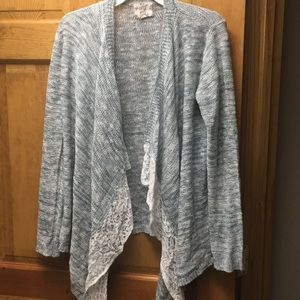 Sweaters - ❤️Lace front cardigan